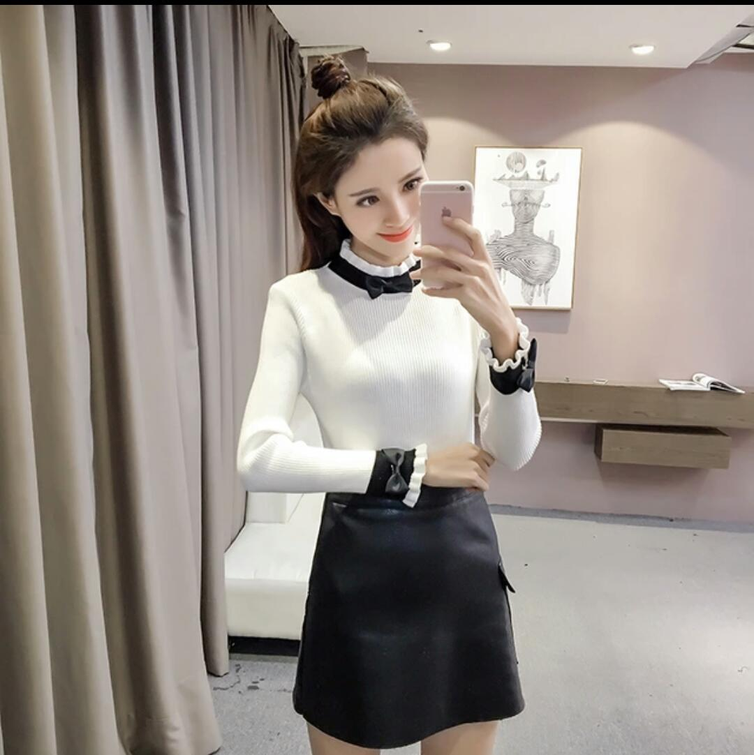 Beautiful Knitted bow ruffled turtleneck top